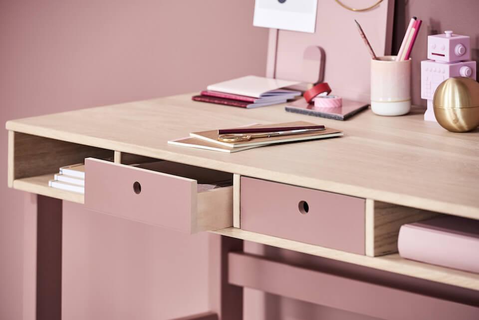 Køb skriveborde til børn